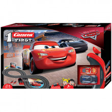Pista Elettrica Carrera First Disney Pixar Cars 2,4 metri